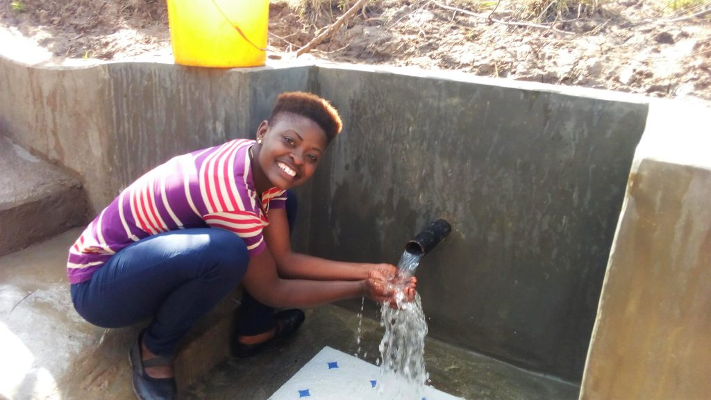 The Water Project : 20-kenya4849-clean-water