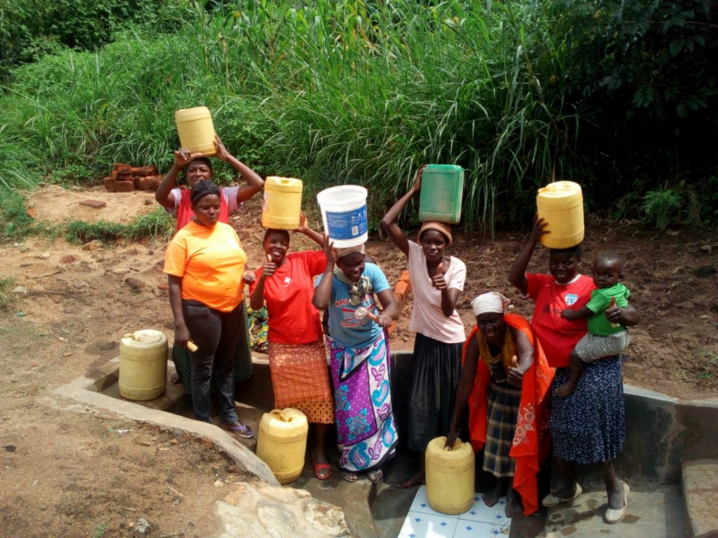 The Water Project : 21-kenya4739-clean-water