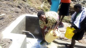 The Water Project : 28-kenya4848-clean-water