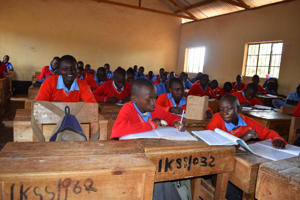 The Water Project : 8-kenya4871-students-in-class