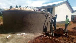 The Water Project : 12-kenya4683-tank-construction
