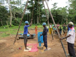 The Water Project : 16-sierraleone5130-flushing