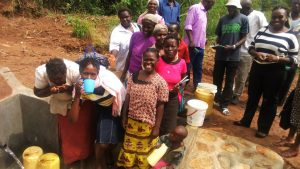 The Water Project : 18-kenya4729-clean-water