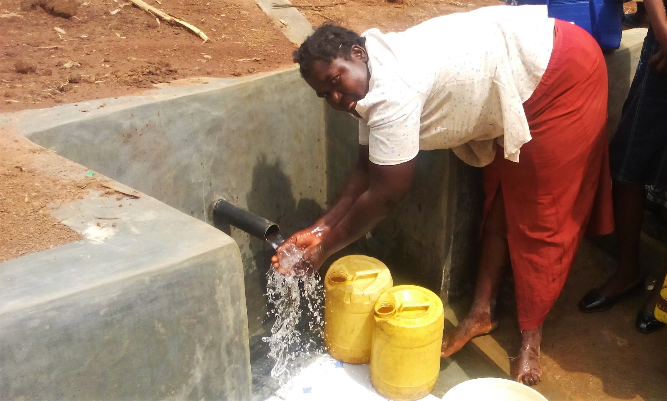 The Water Project : 19-kenya4729-clean-water