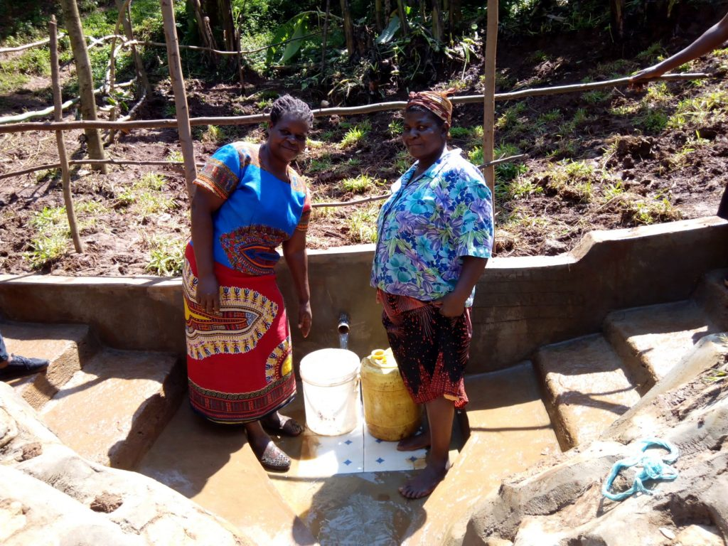 The Water Project : 24-kenya4738-clean-water