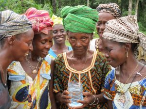 The Water Project : 36-sierraleone5130-clean-water