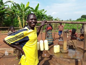 The Water Project : 4-uganda6070-yar