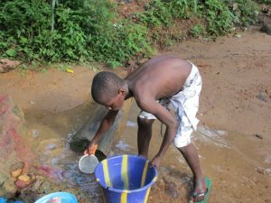 The Water Project : 5-sierraleone5134-current-water-source