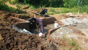 The Water Project : 9-kenya4729-construction