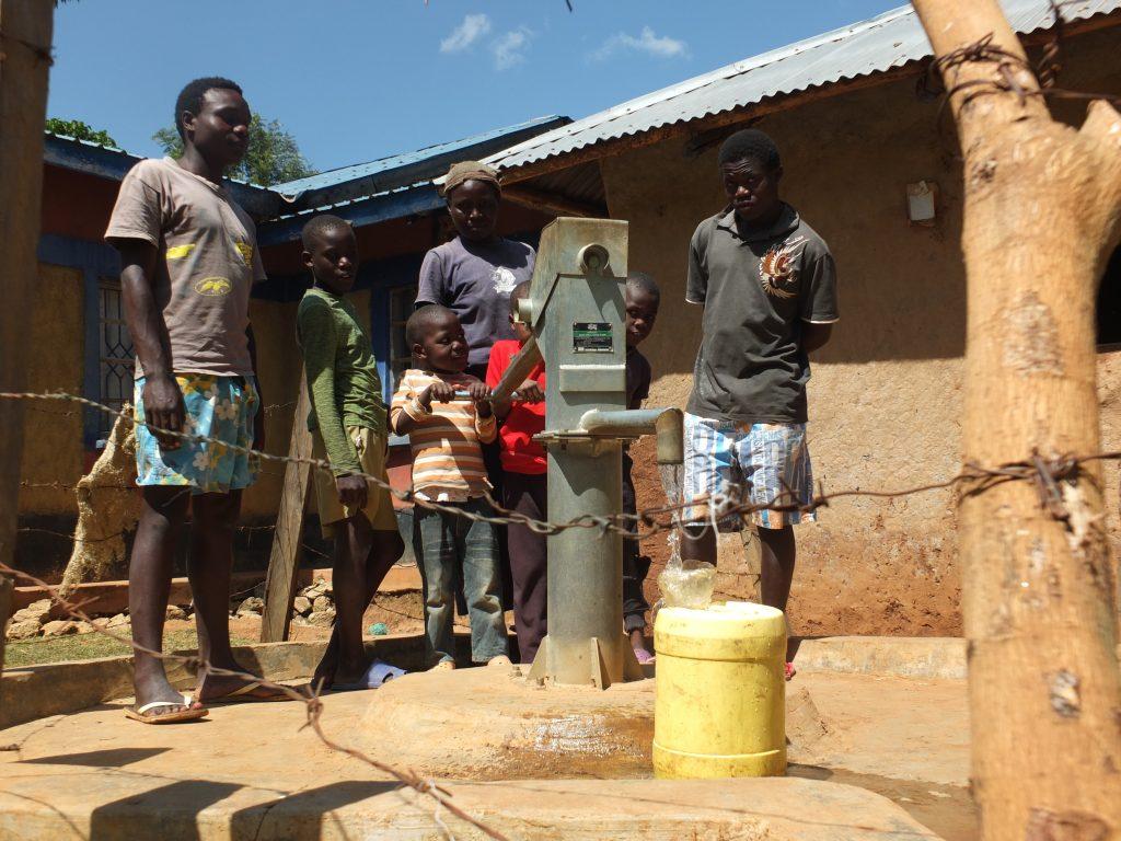 The Water Project : manguliro-community-11