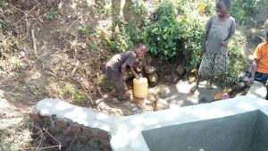 The Water Project : 13-kenya4747-spring-construction