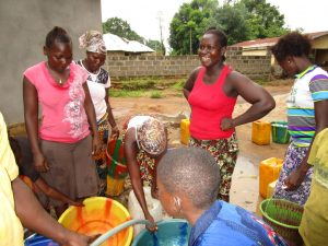 The Water Project : 16-sierraleone5127-yield-testing