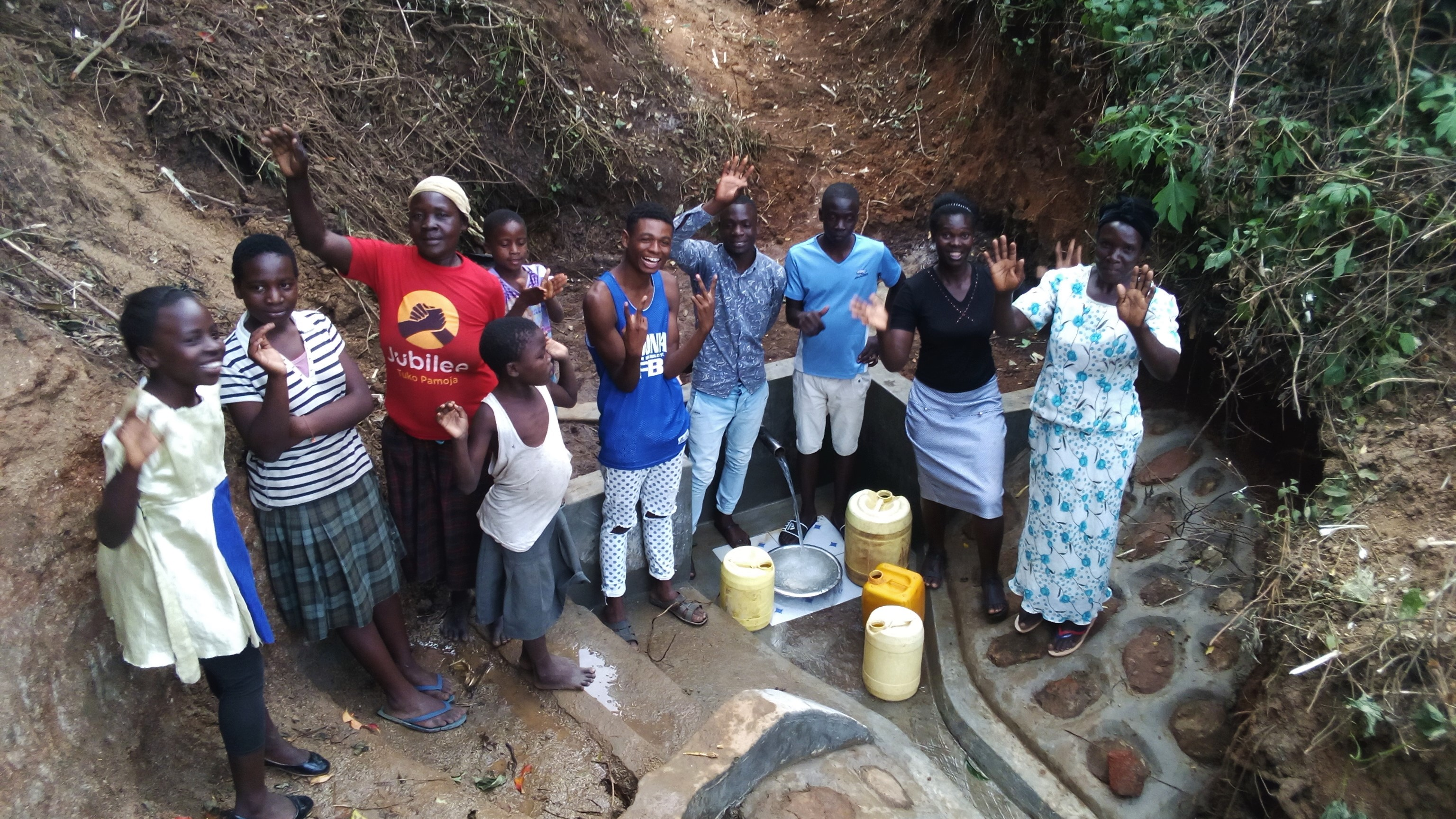 The Water Project : 17-kenya4753-clean-water