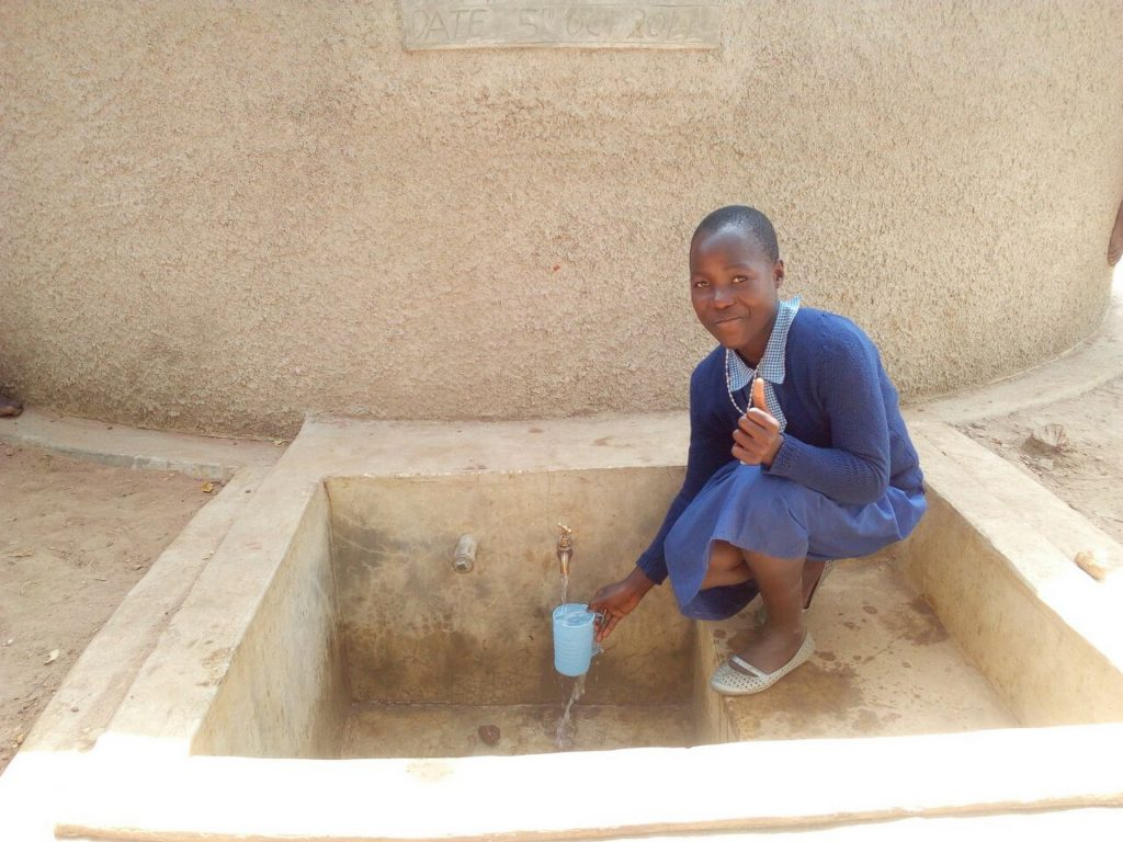 The Water Project : 24-kenya4839-clean-water