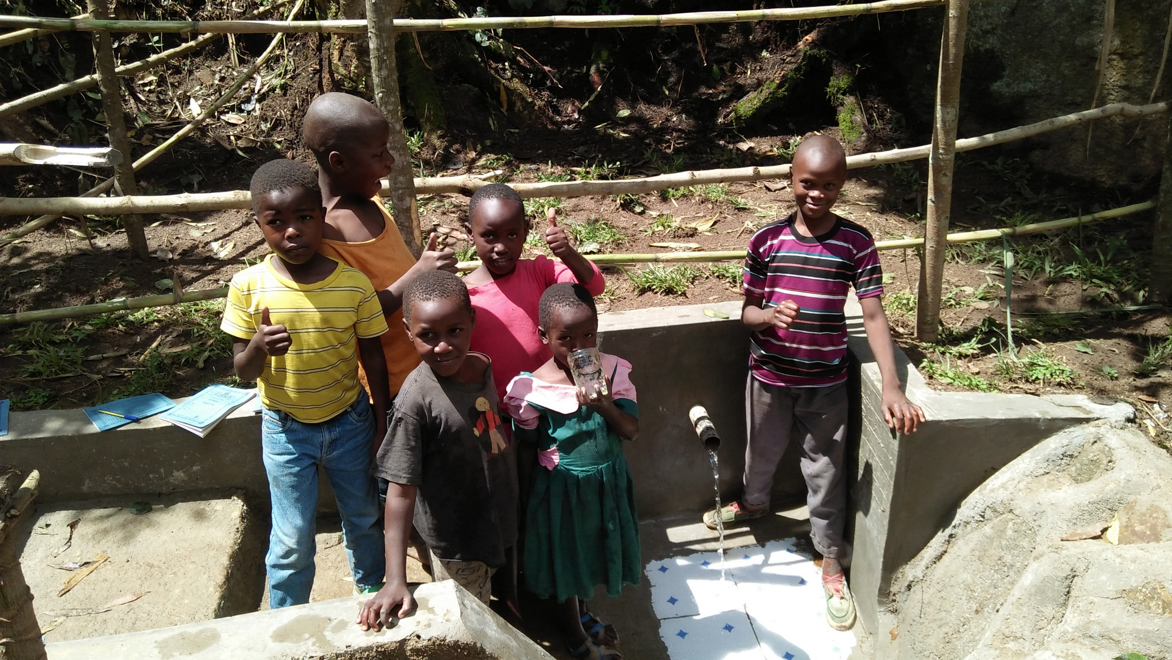 The Water Project : 27-kenya4746-clean-water