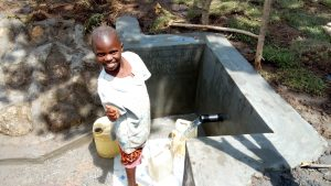 The Water Project : 27-kenya4747-clean-water