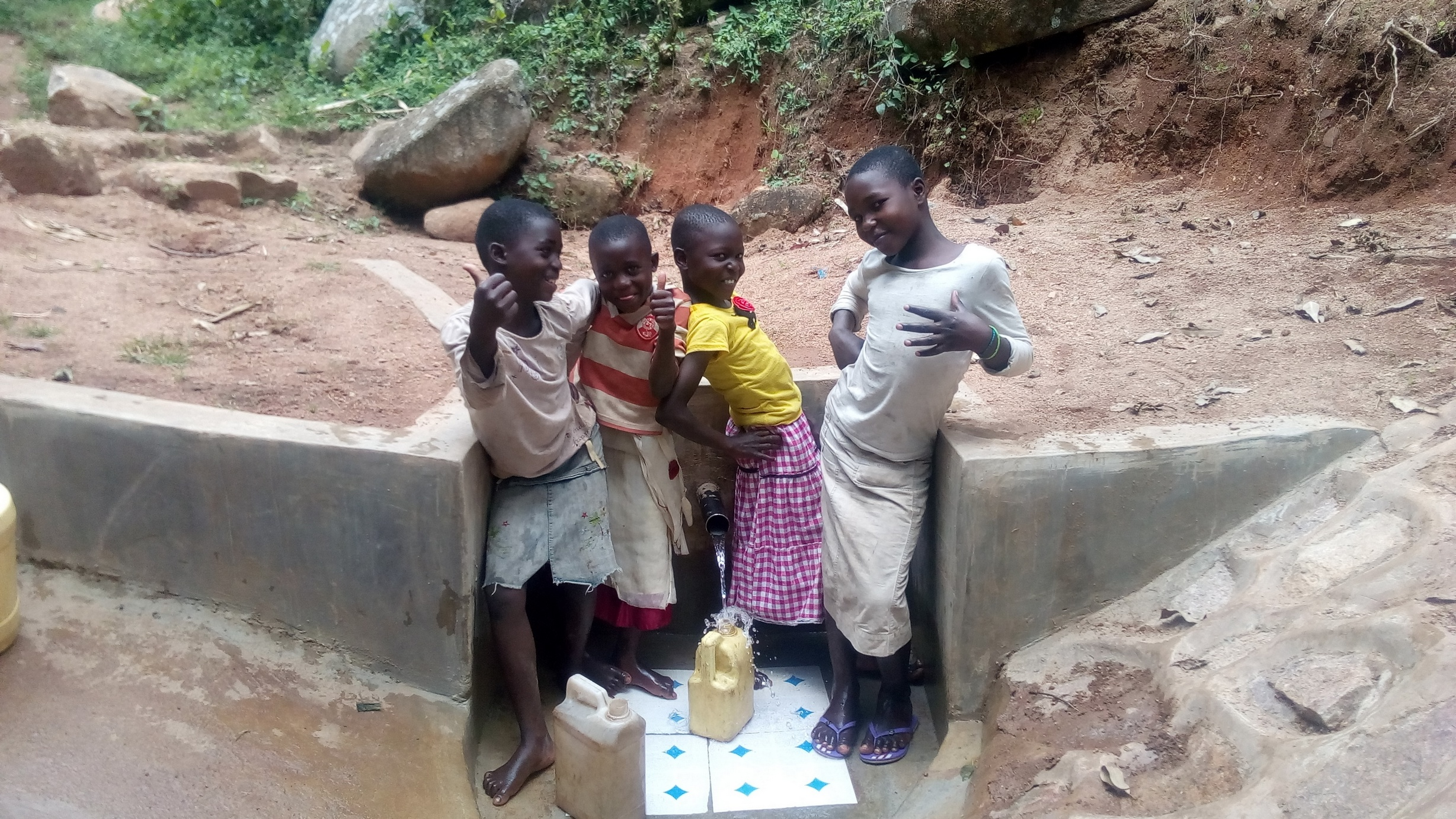 The Water Project : 29-kenya4854-clean-water