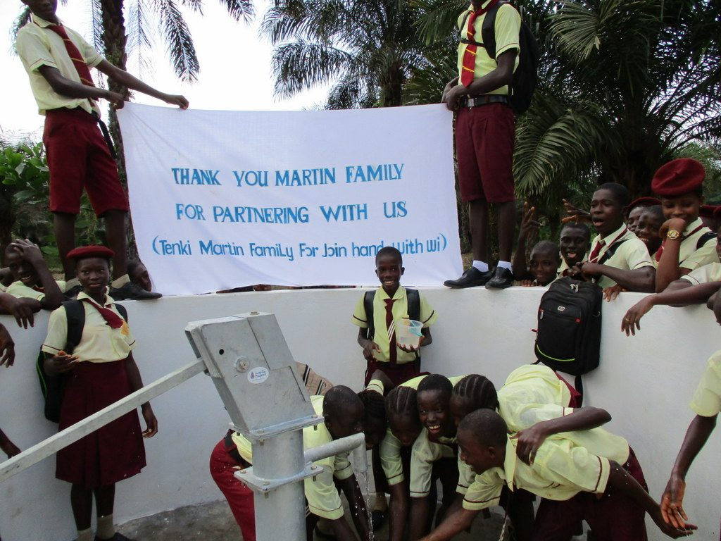 The Water Project : 29-sierraleone5132-clean-water