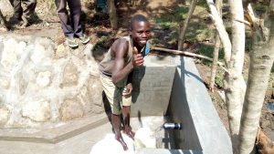 The Water Project : 31-kenya4747-clean-water