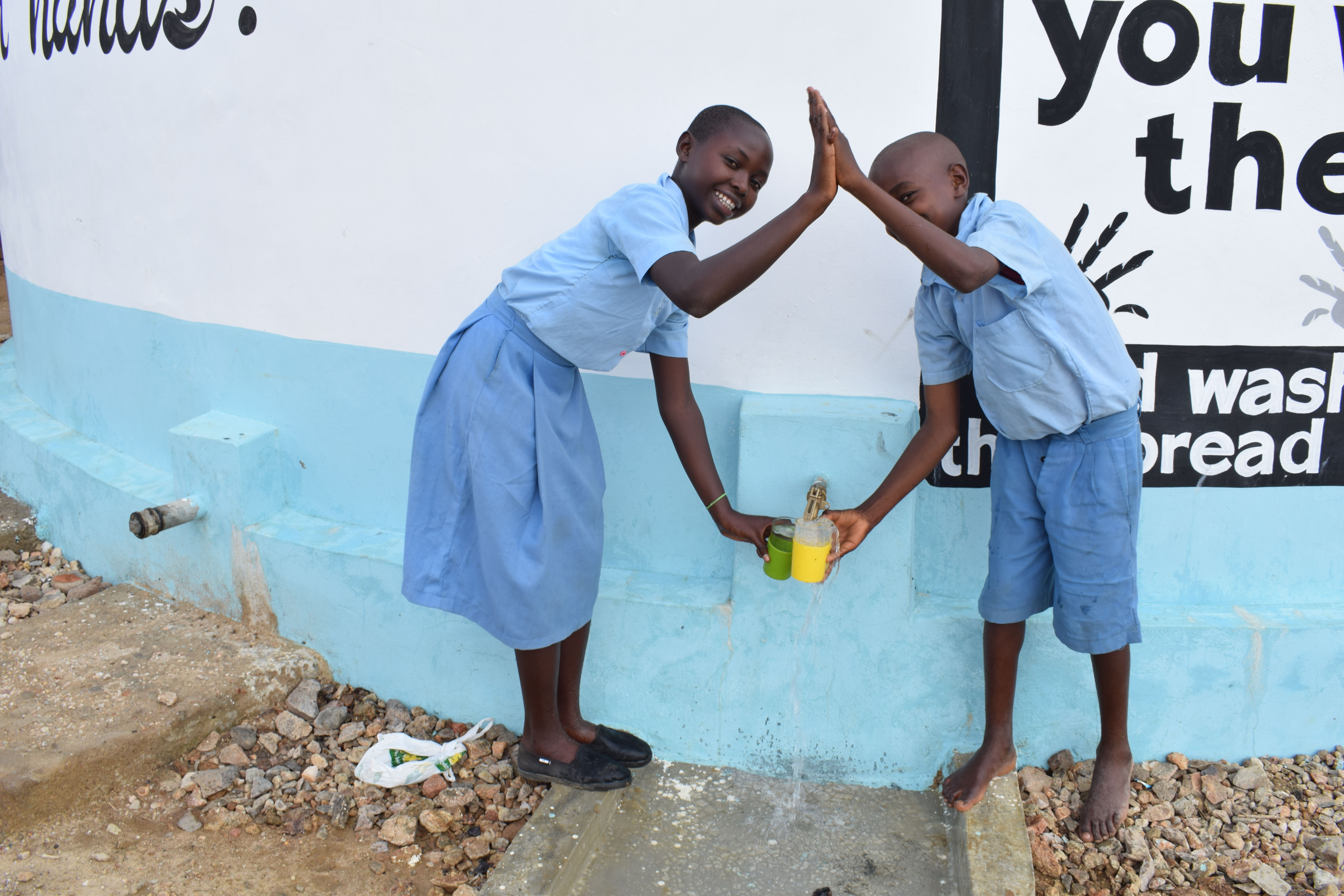 The Water Project : 34-kenya4798-clean-water