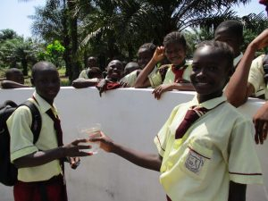 The Water Project : 37-sierraleone5132-clean-water