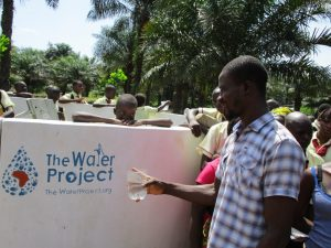 The Water Project : 39-sierraleone5132-clean-water