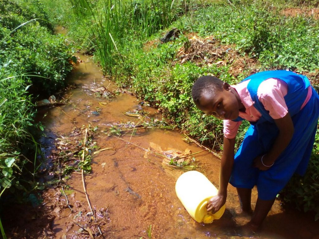 The Water Project : 4-kenya4840-fetching-water