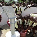 The Water Project : 42-sierraleone5132-clean-water