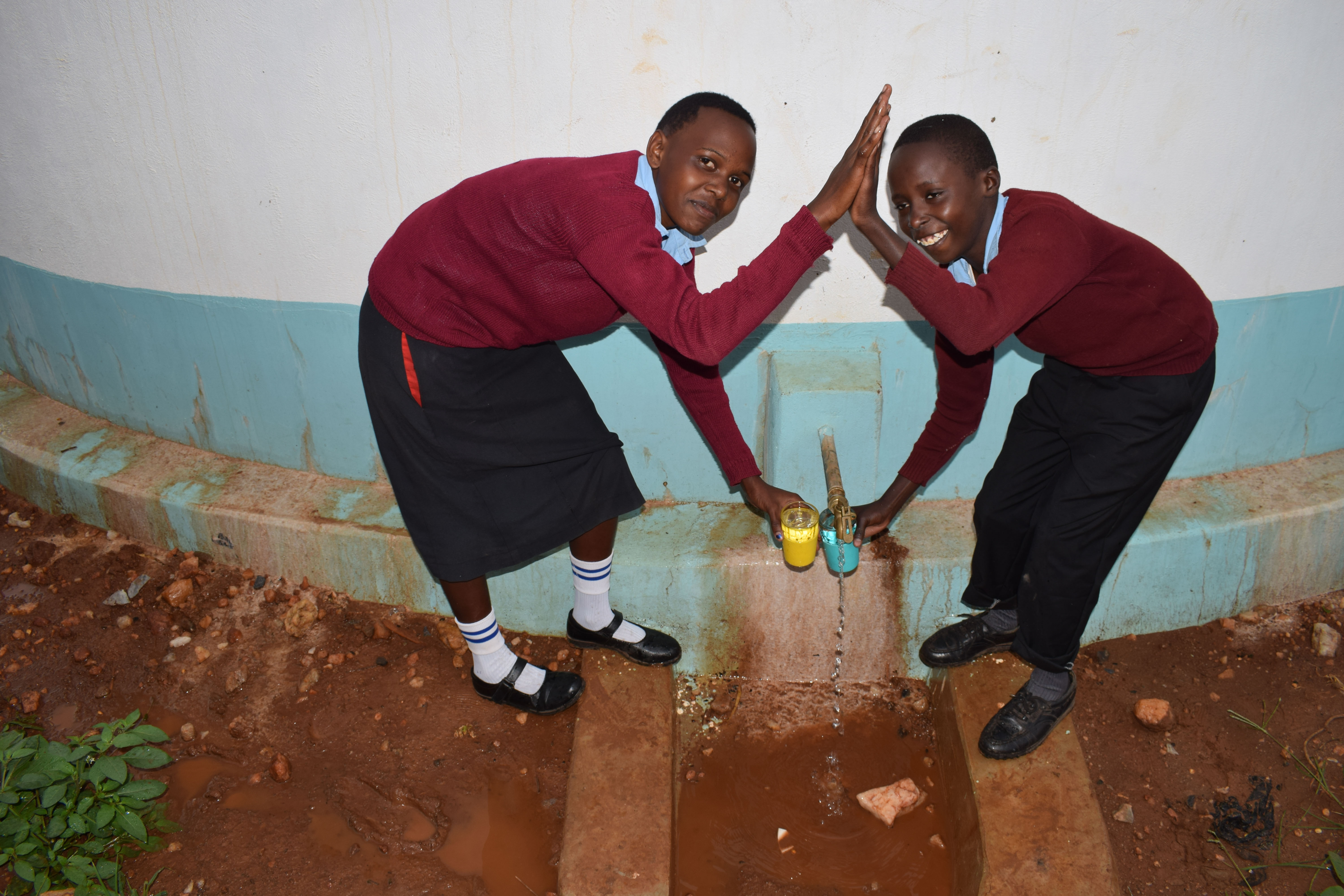 The Water Project : 9-kenya4801-clean-water