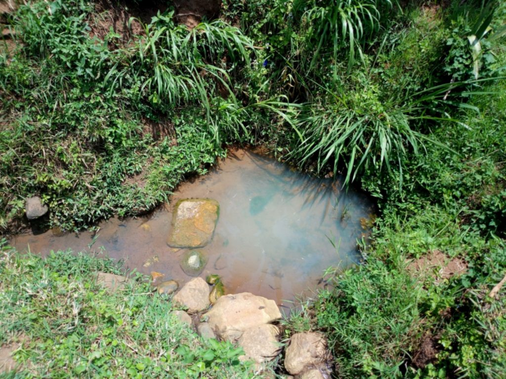 The Water Project : 1-kenya18131-current-water-source