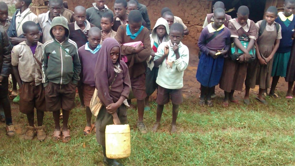The Water Project : 10-kenya18018-students