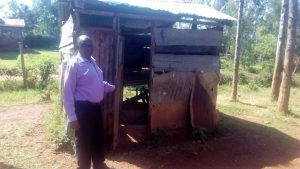 The Water Project:  Headteacher By Structure Covering The Broken Well