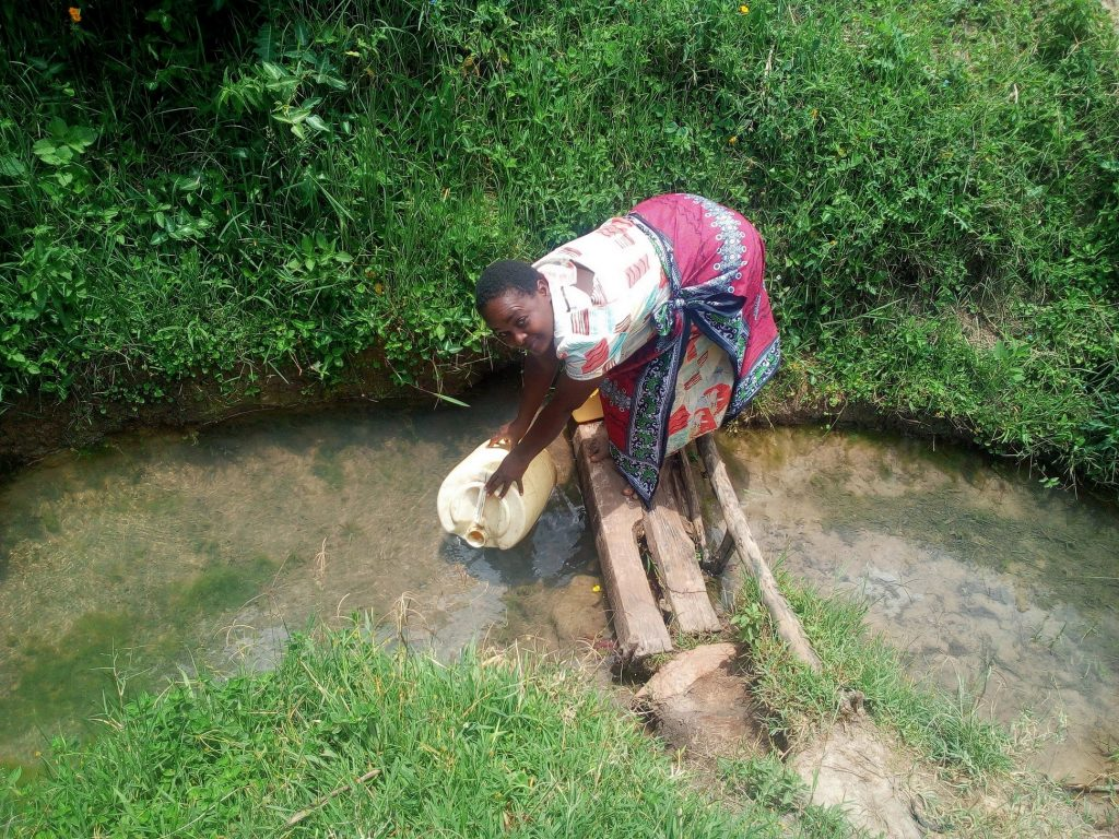 The Water Project : 2-kenya18089-current-water-source