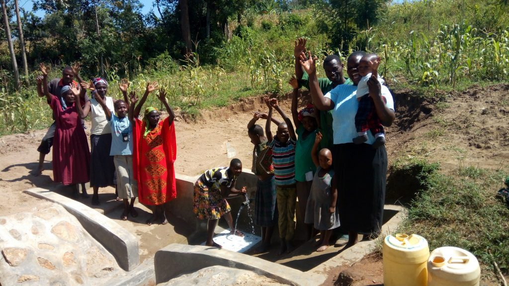 The Water Project : 26-kenya4755-clean-water