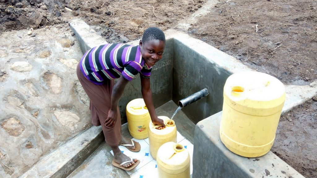 The Water Project : 30-kenya4754-clean-water