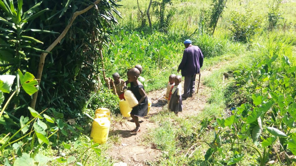 The Water Project : 6-kenya18085-fetching-water