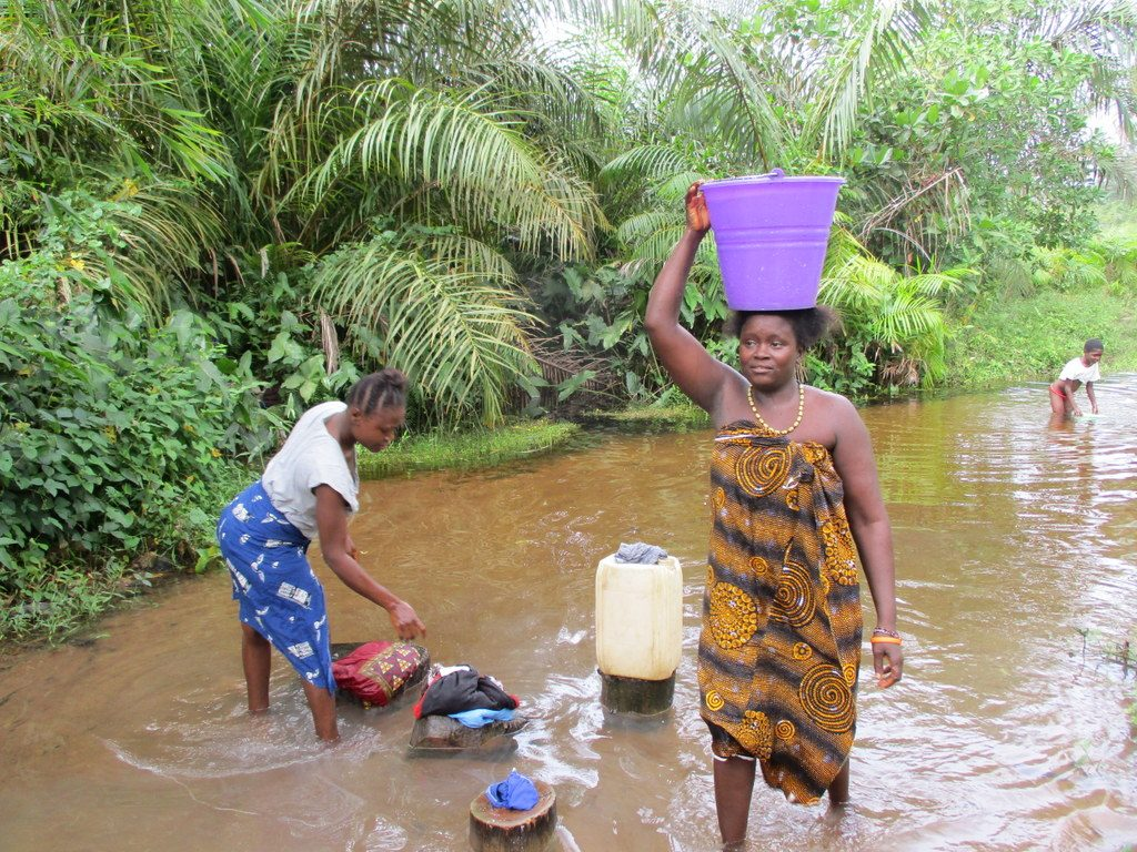 The Water Project : 1-sierraleone18250-current-water-source