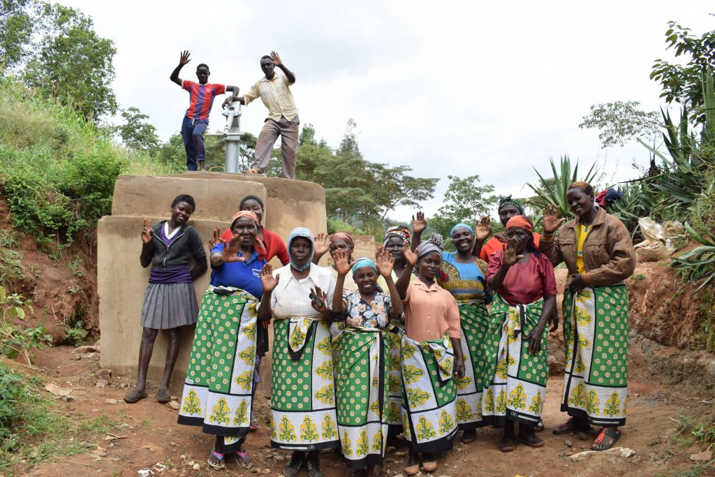 The Water Project : 11-kenya4864-clean-water