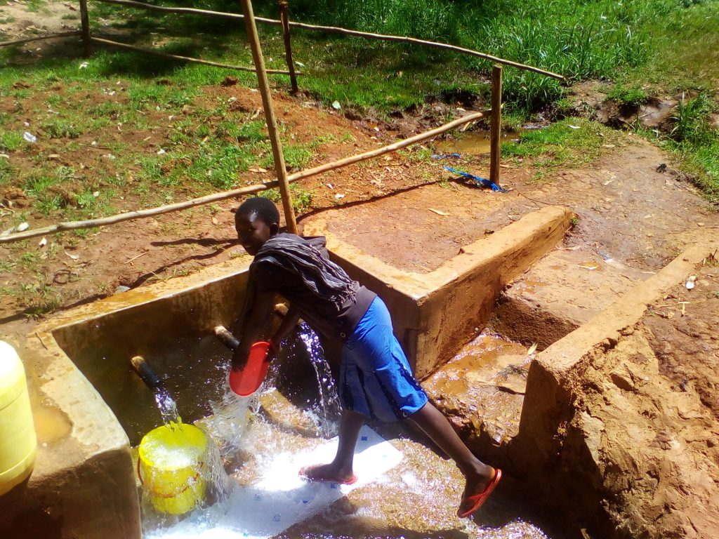 The Water Project : 15-kenya4858-clean-water