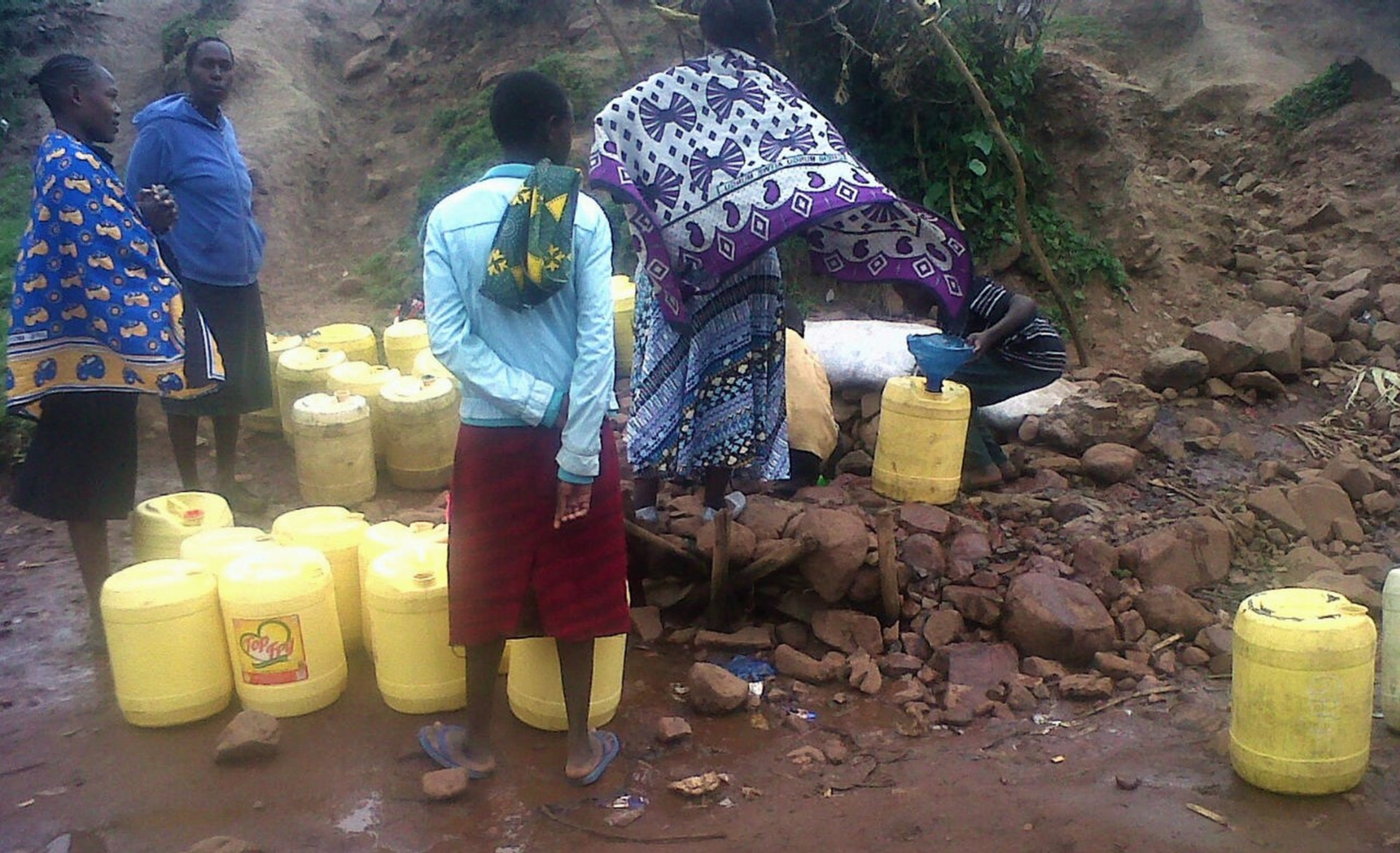 The Water Project : 2-kenya18100-fetching-water