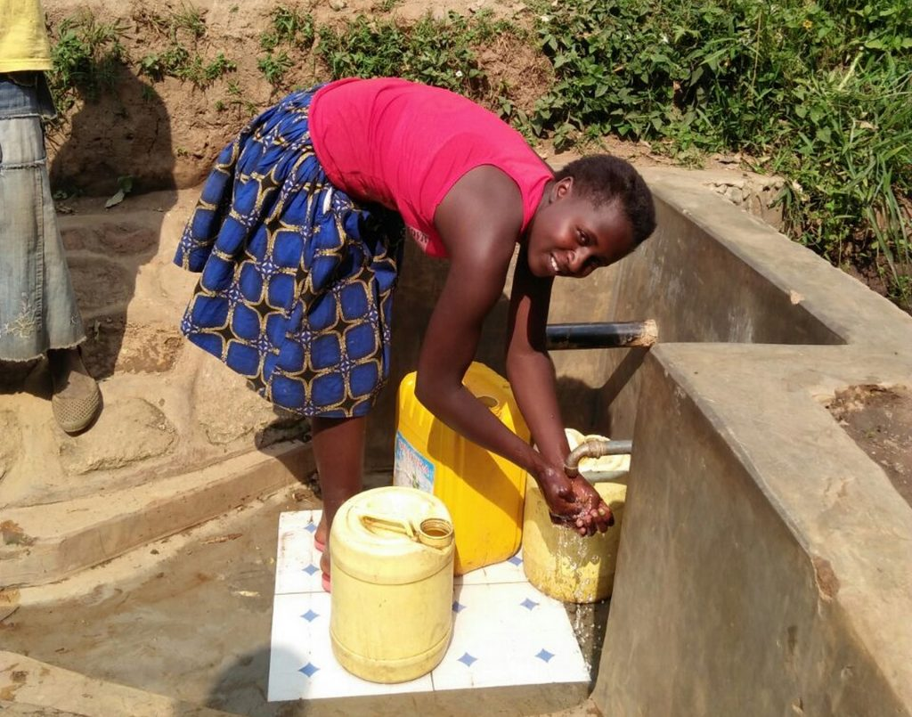 The Water Project : 24-kenya4749-clean-water