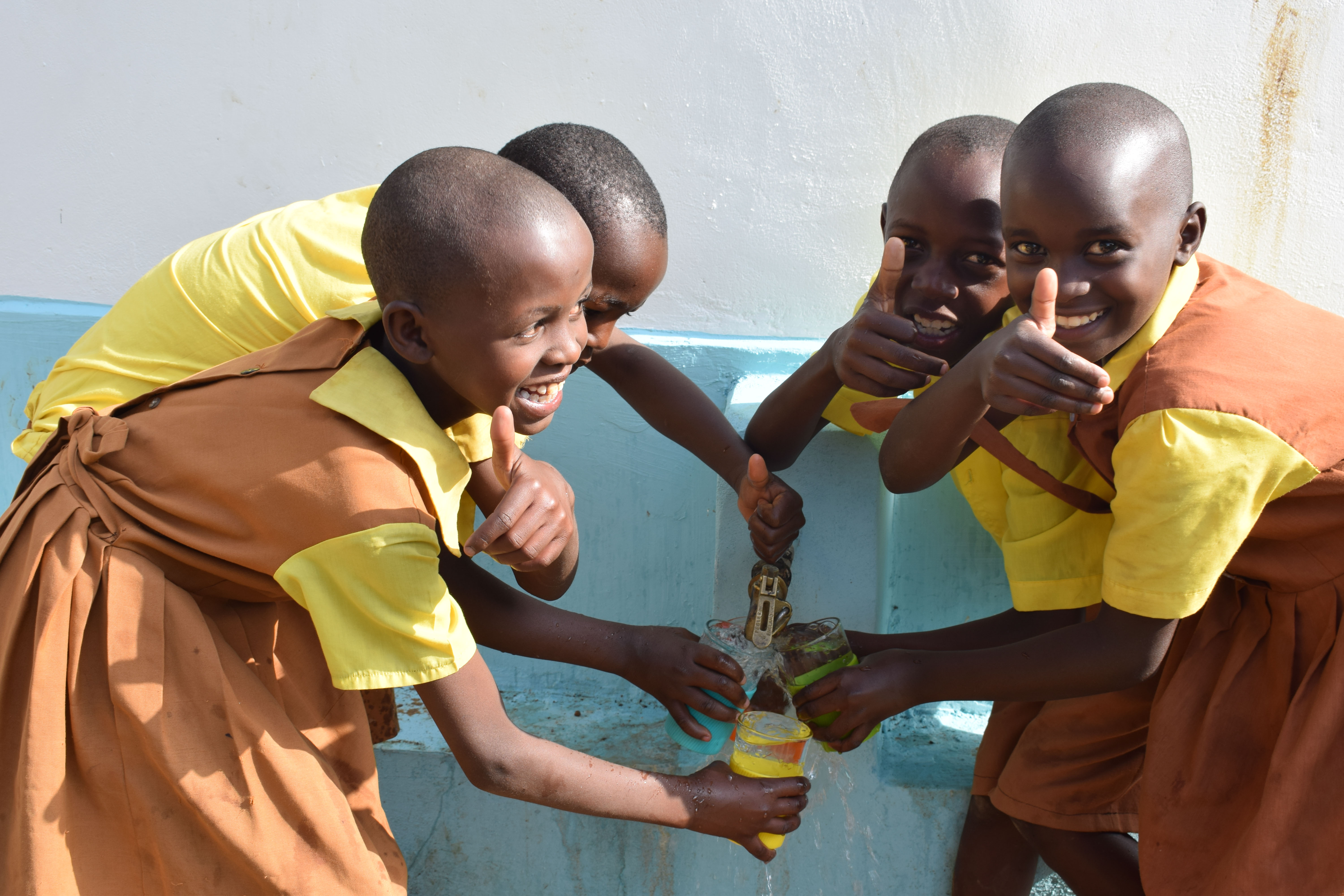 The Water Project : 31-kenya4873-clean-water