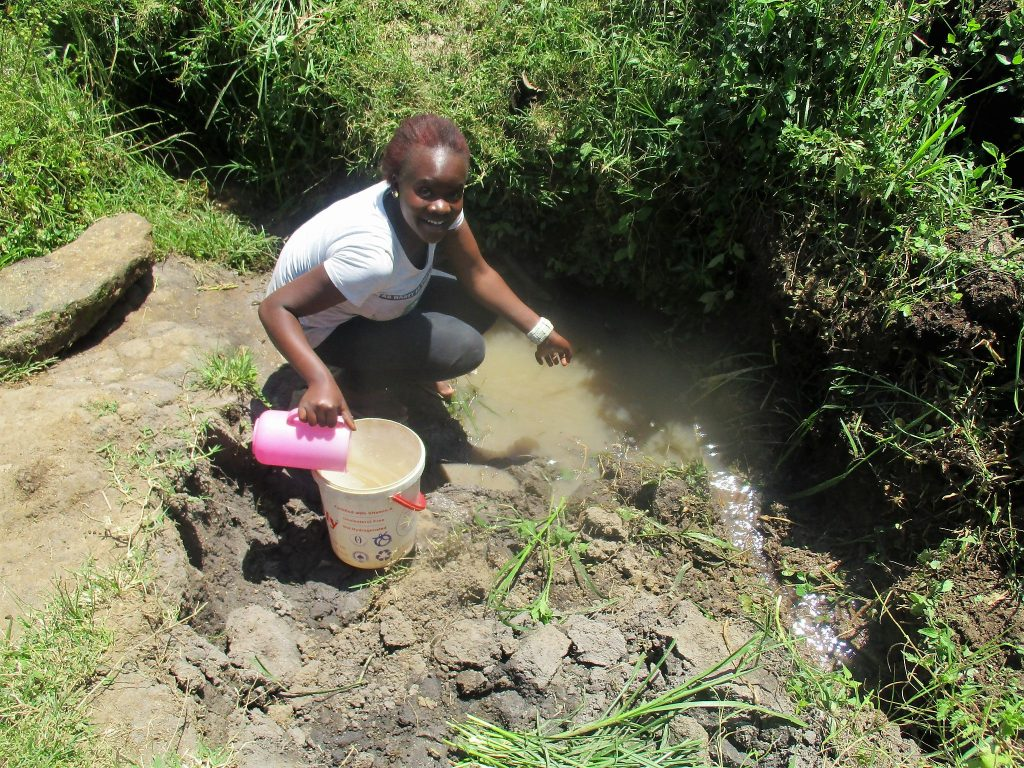 The Water Project : 4-kenya18150-current-water-source