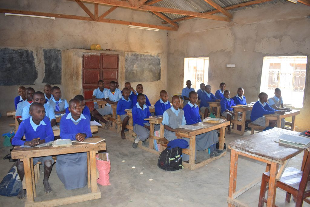 The Water Project : 4-kenya18248-students