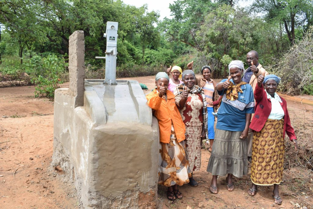 The Water Project : 8-kenya4865-clean-water