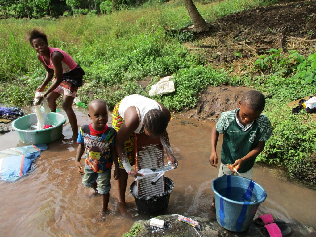 The Water Project : 1-sierraleone18253-current-water-source
