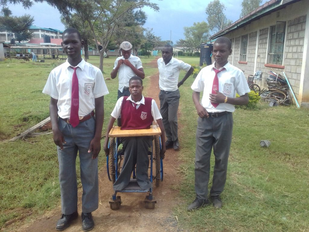 The Water Project : 10-kenya18042-students