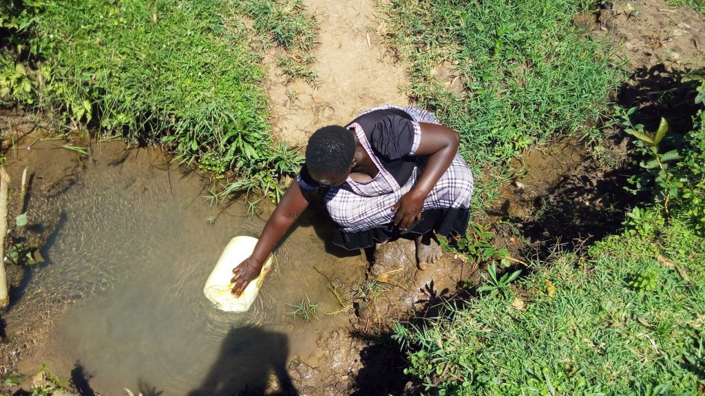 The Water Project : 2-kenya18125-fetching-water