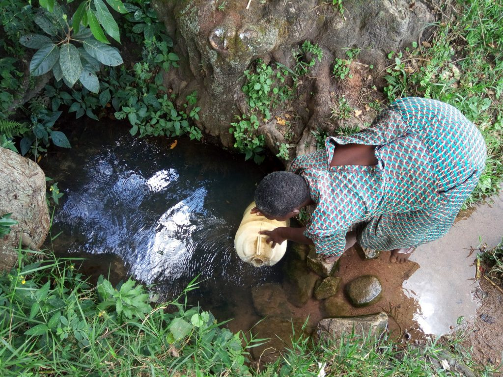 The Water Project : 2-kenya18142-fetching-water