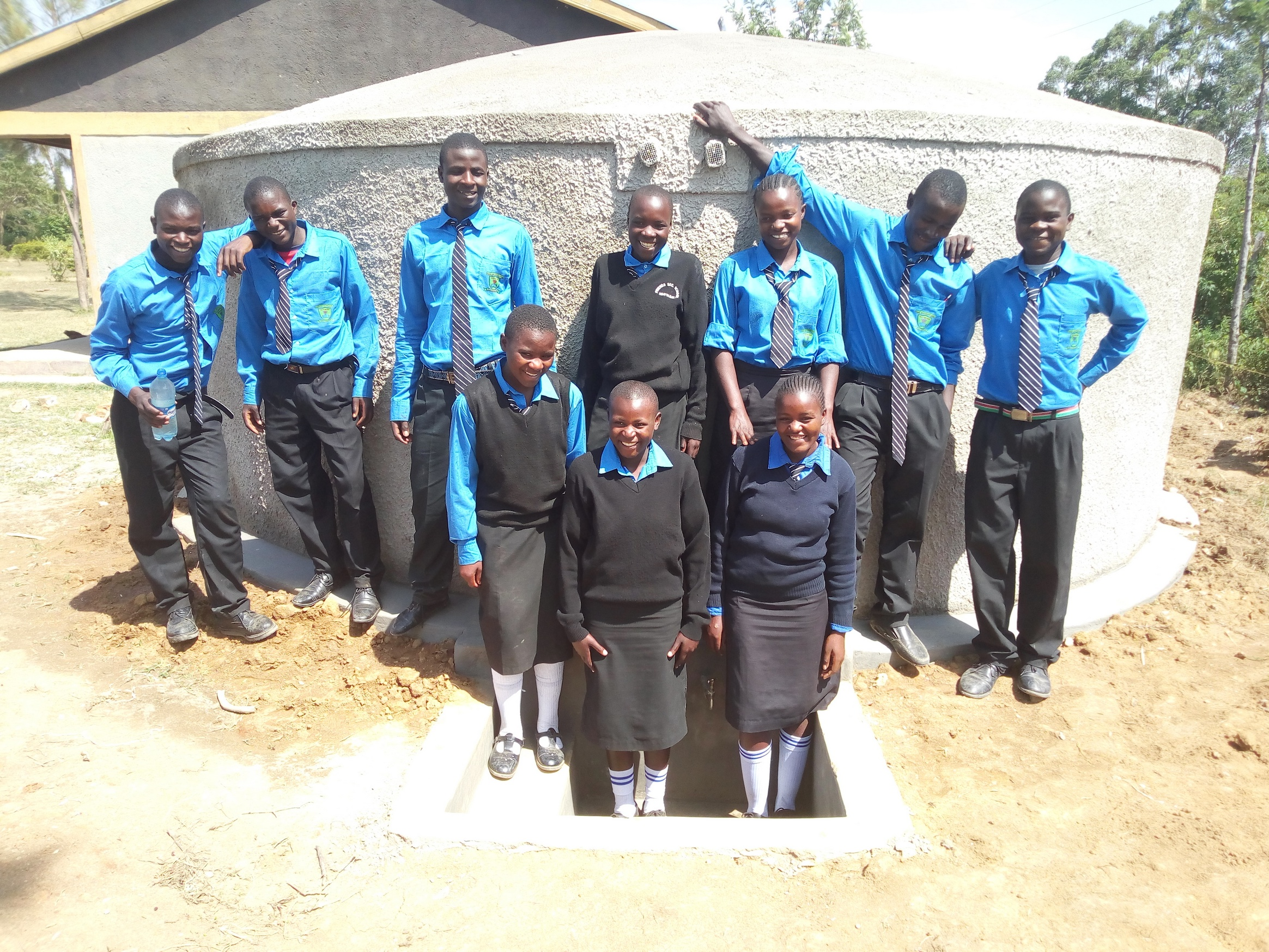 The Water Project : 22-kenya18006-clean-water